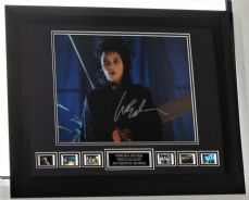 "A914WRBJ WINONA RYDER - ""BEETLEJUICE"" AUTHENTIC SIGNED"
